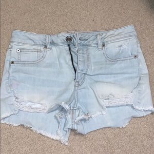 Light wash ripped jean shorts